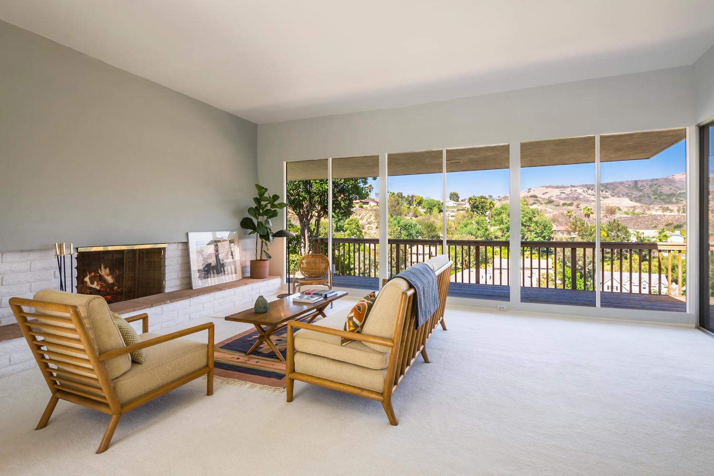 10362 Mira Vista Dr Santa Ana-large-003-3-Living Room-1500x1000-72dpi.jpg