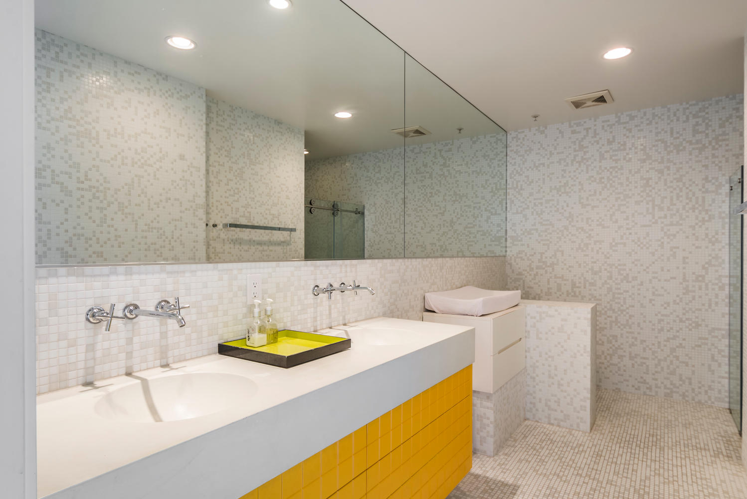 1100 East 3rd Street-large-016-16-Bathroom-1499x1000-72dpi.jpg