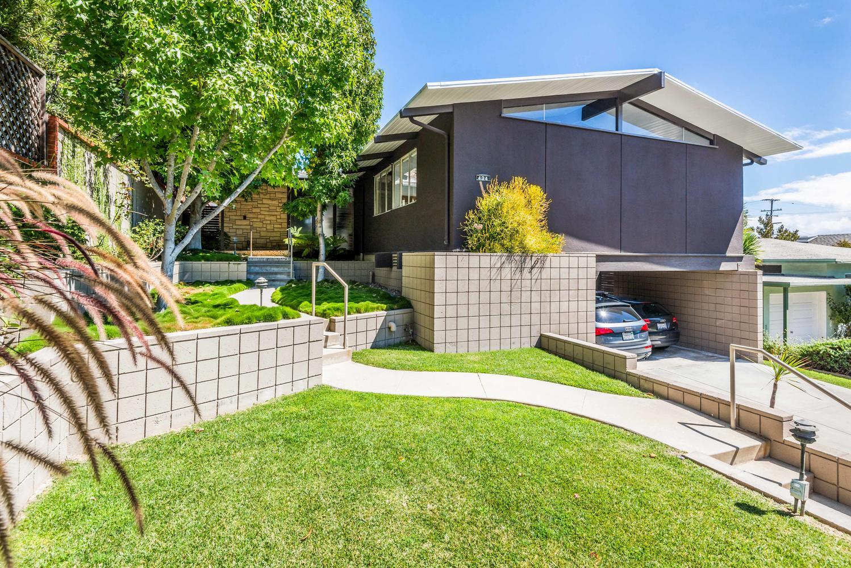 434 Los Altos Ave-large-002-5-Los Altos2-1499x1000-72dpi.jpg