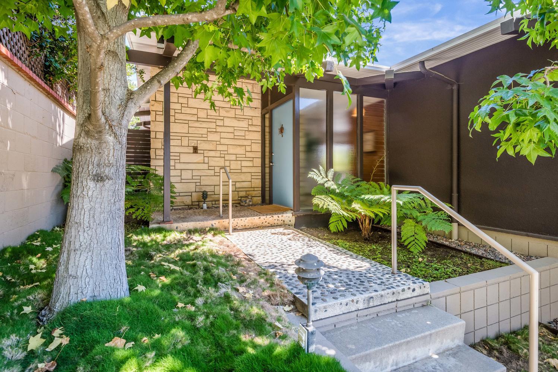 434 Los Altos Ave-large-003-18-Los Altos3-1499x1000-72dpi.jpg
