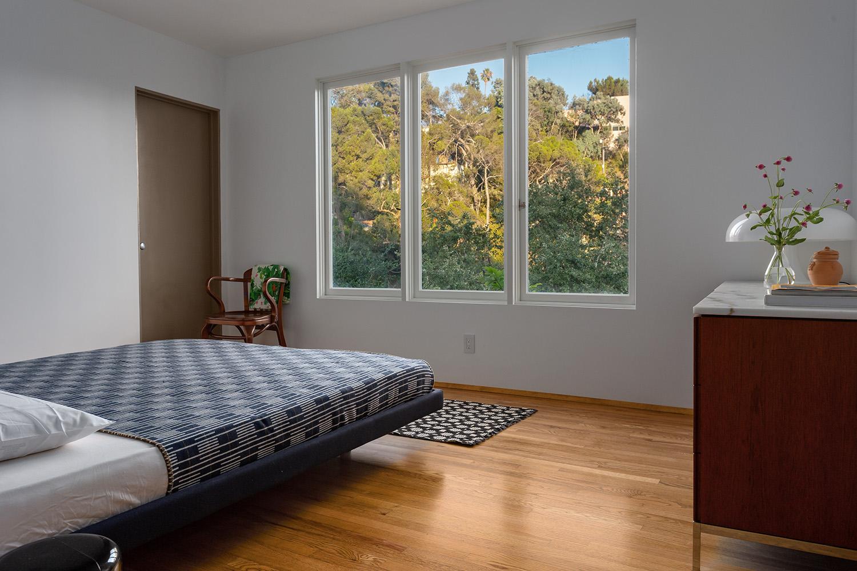 bedroom B web.jpg
