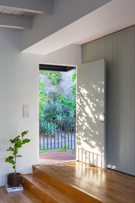 front door detail web.jpg