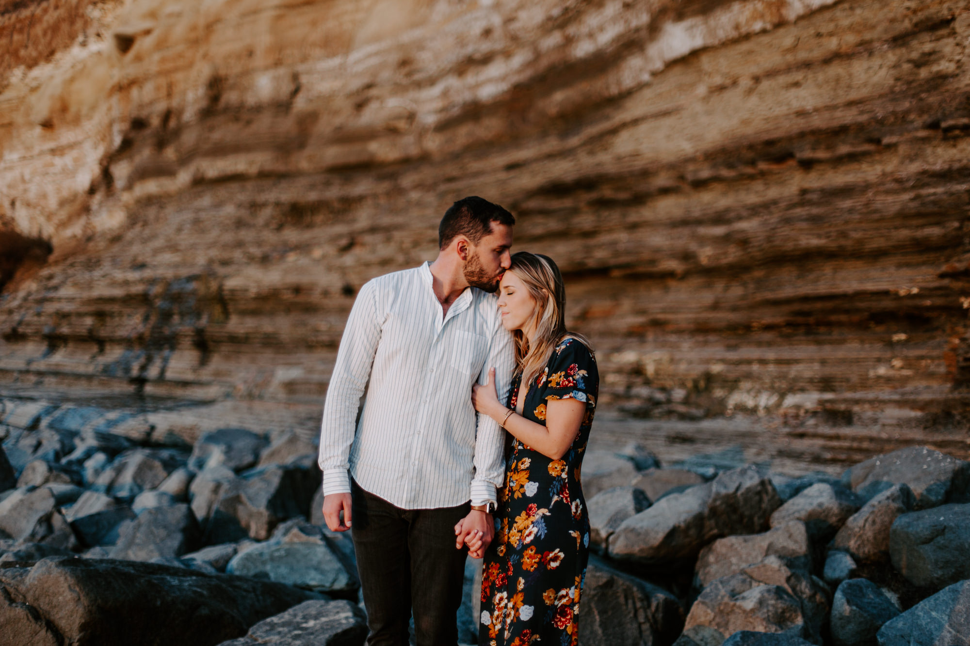 San Diego engagement photography at Sunset Cliffs026.jpg