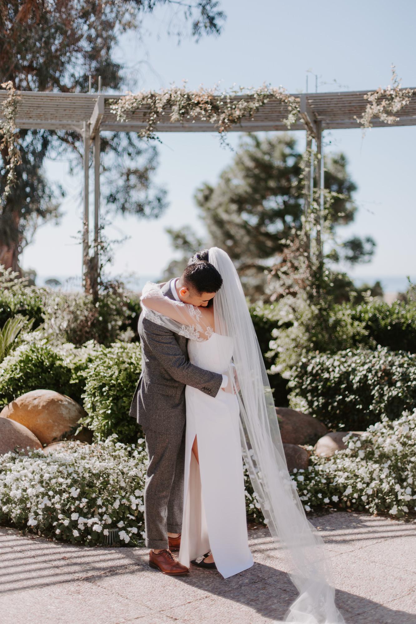 San Diego Wedding photography at Martin Johnson House Scripps Beach025.jpg