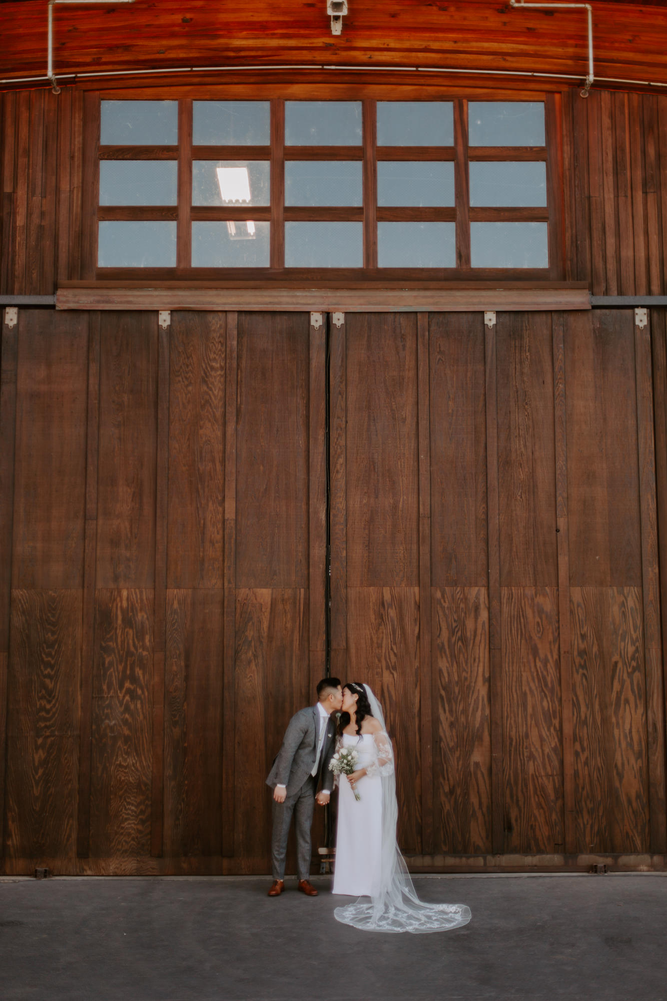 San Diego Wedding photography at Martin Johnson House Scripps Beach043.jpg