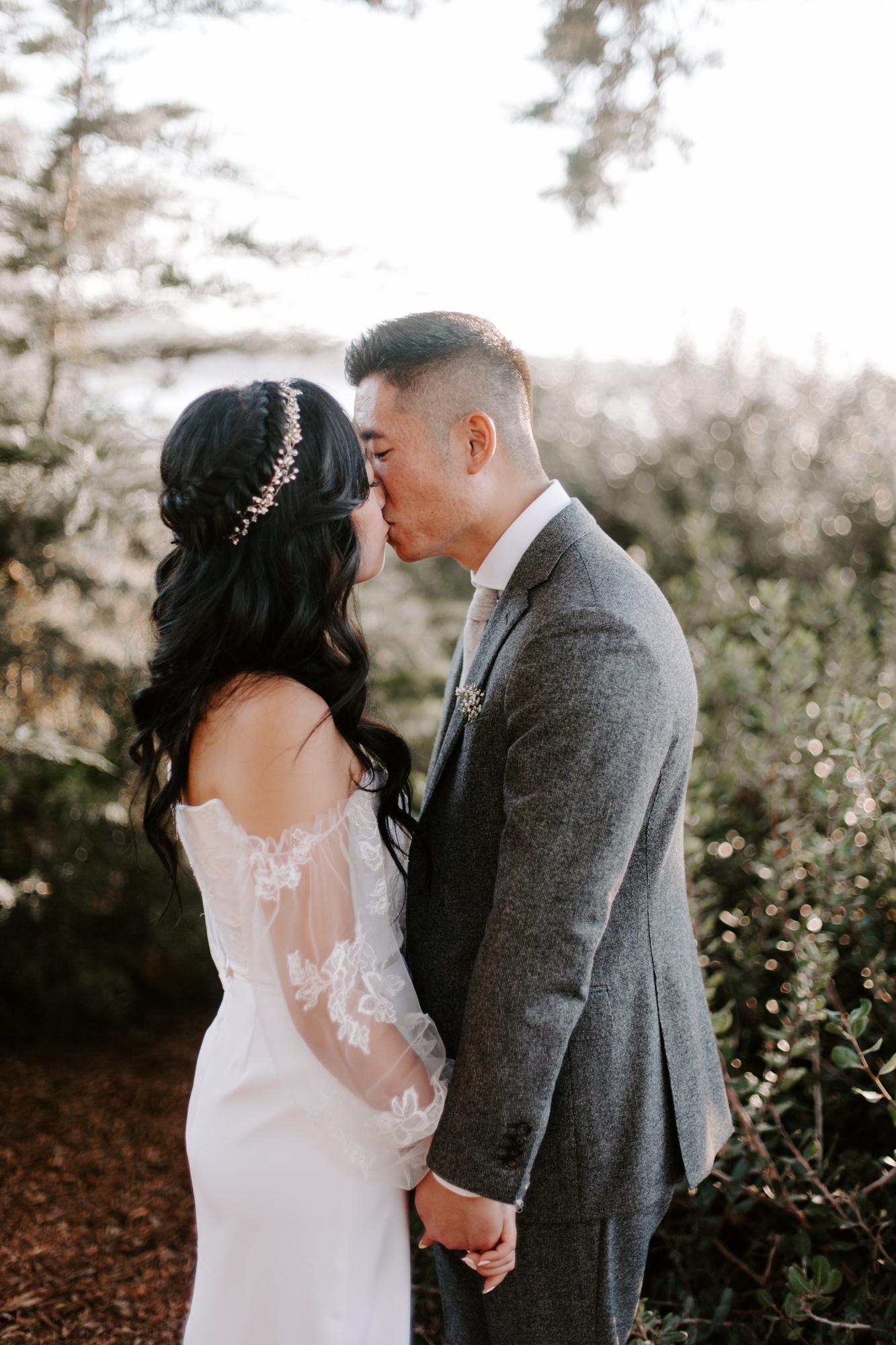San Diego Wedding photography at Martin Johnson House Scripps Beach074.jpg