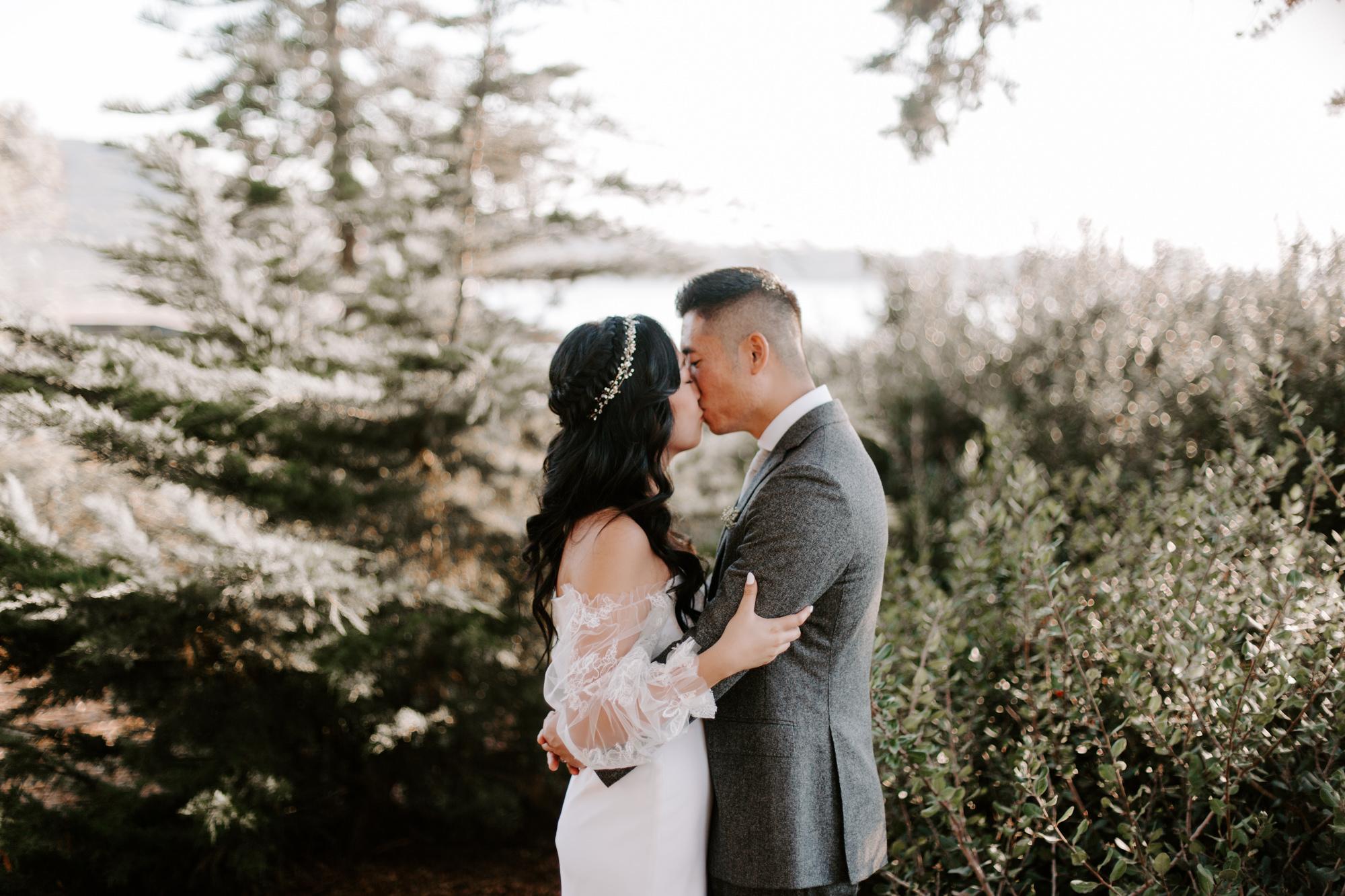 San Diego Wedding photography at Martin Johnson House Scripps Beach075.jpg