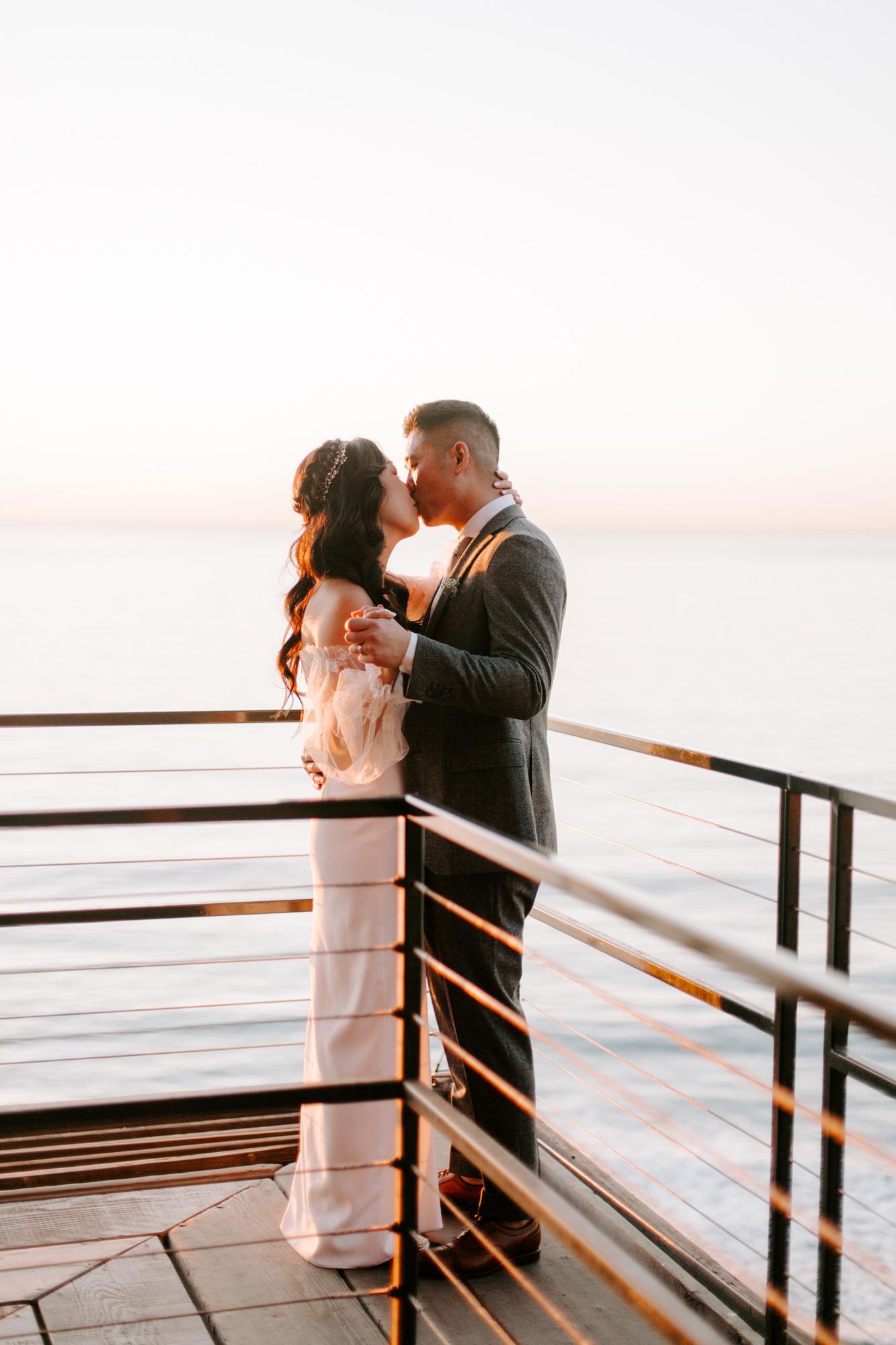 San Diego Wedding photography at Martin Johnson House Scripps Beach080.jpg