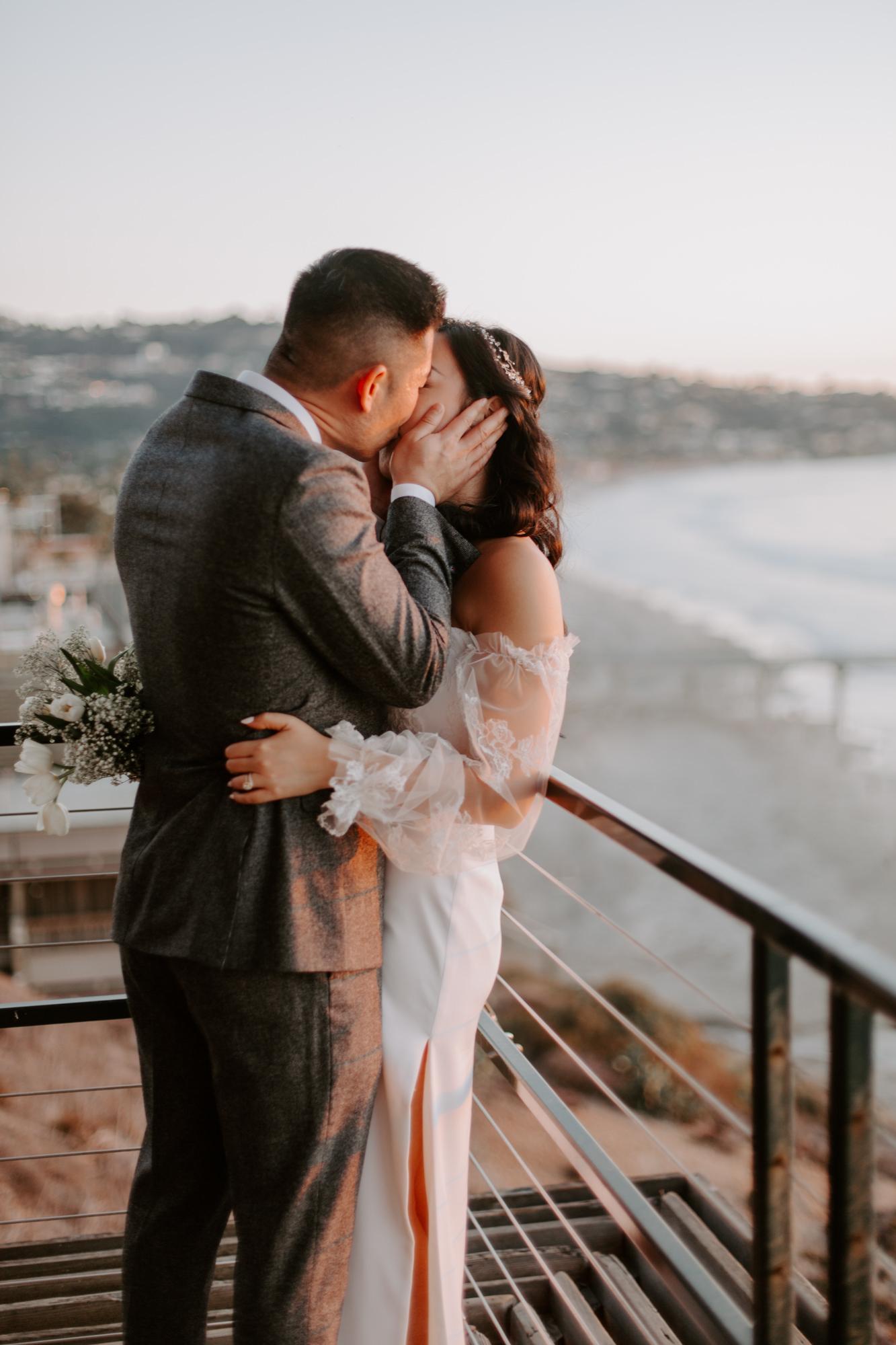 San Diego Wedding photography at Martin Johnson House Scripps Beach085.jpg