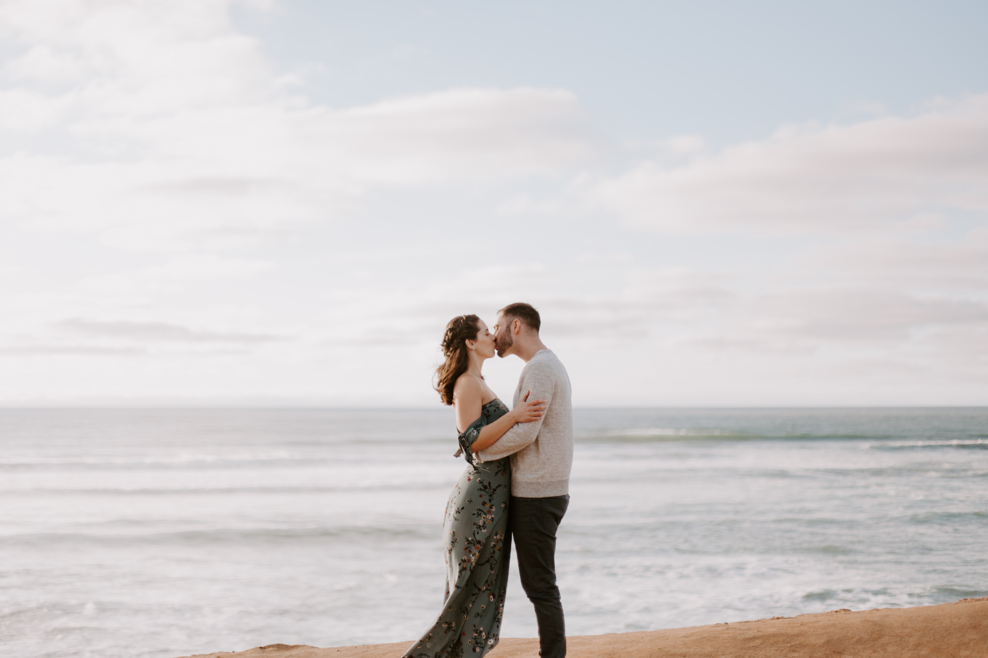 San Diego Engagement photography at Sunset Cliffs004.jpg