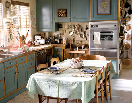 Julia_Child_kitchen_Julie_and_Julia_Cambridge_Boston_Paper_and_Moon_Louise_Dockery.jpg