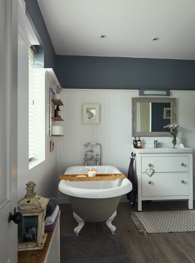 House_and_Home_Galway_cottage_Louise_Dockery_Paper_and_Moon_renovation_bathroom_Victorian_roll_top_bathtub.jpg