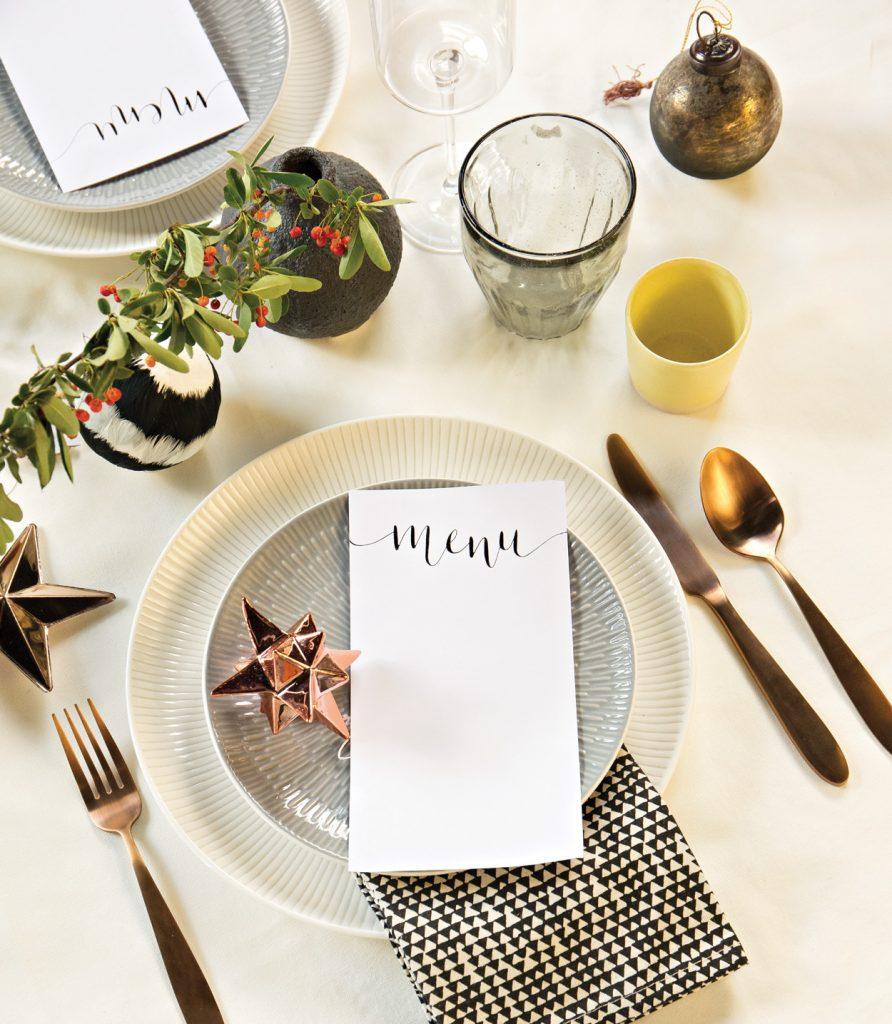 minimal-table-setting-christmas-892x1024.jpg