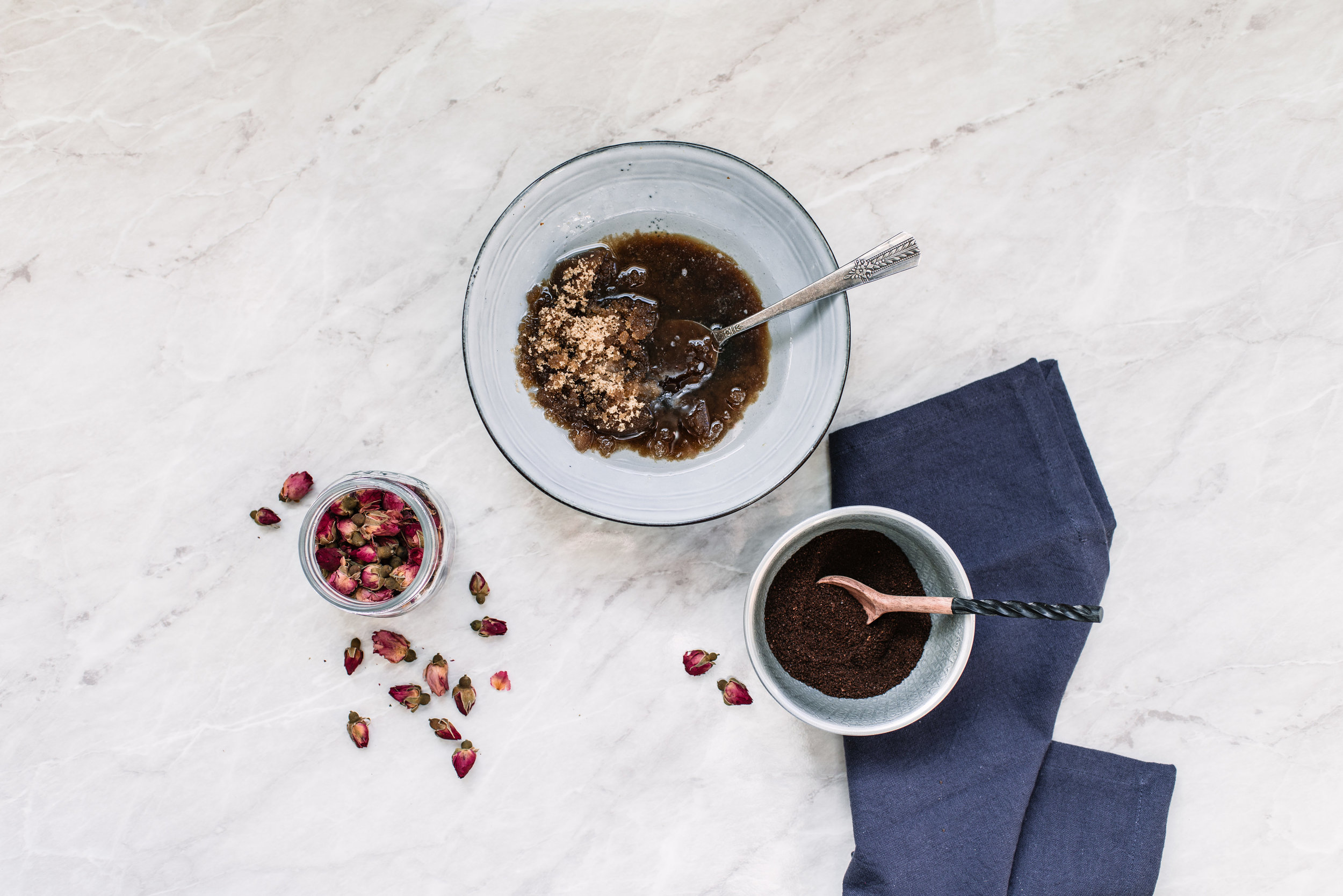 Paper_and_Moon_rose_coffee_bodyscrub_copper.jpg