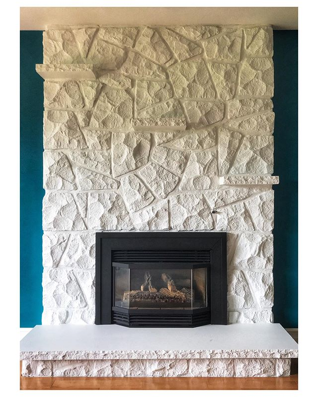Looking for a massive upgrade to your current fireplace? All it takes is 2 easy steps. Paint out the brick or stone. Then apply a heat resistant paint to the brass inserts that were so popular once upon a time. We sprayed out both the stone and fireplace metal for a stunning result. 🔥