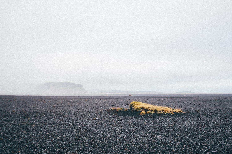 travel photo photography iceland solheimasandur black beach