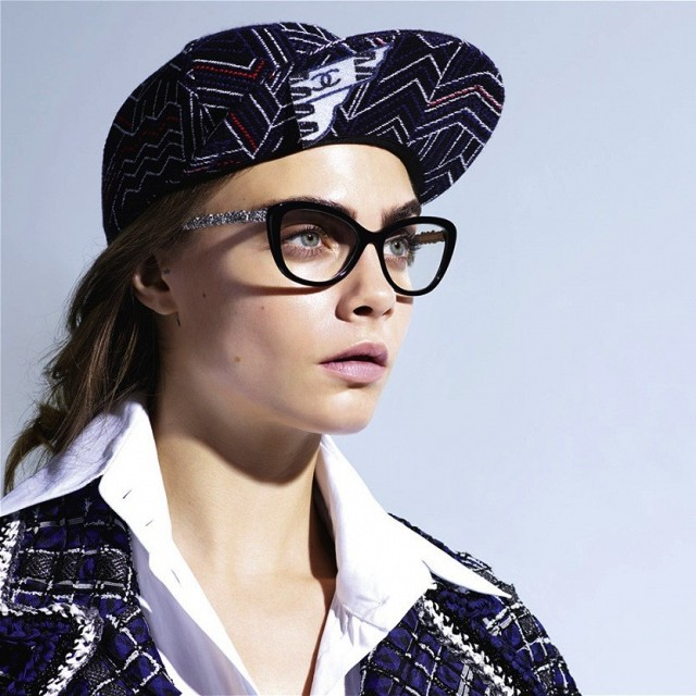 cara-delevingne-stars-in-chanels-ss-2016-eyewear-campaign-1702953-1458499884.640x0c.jpg