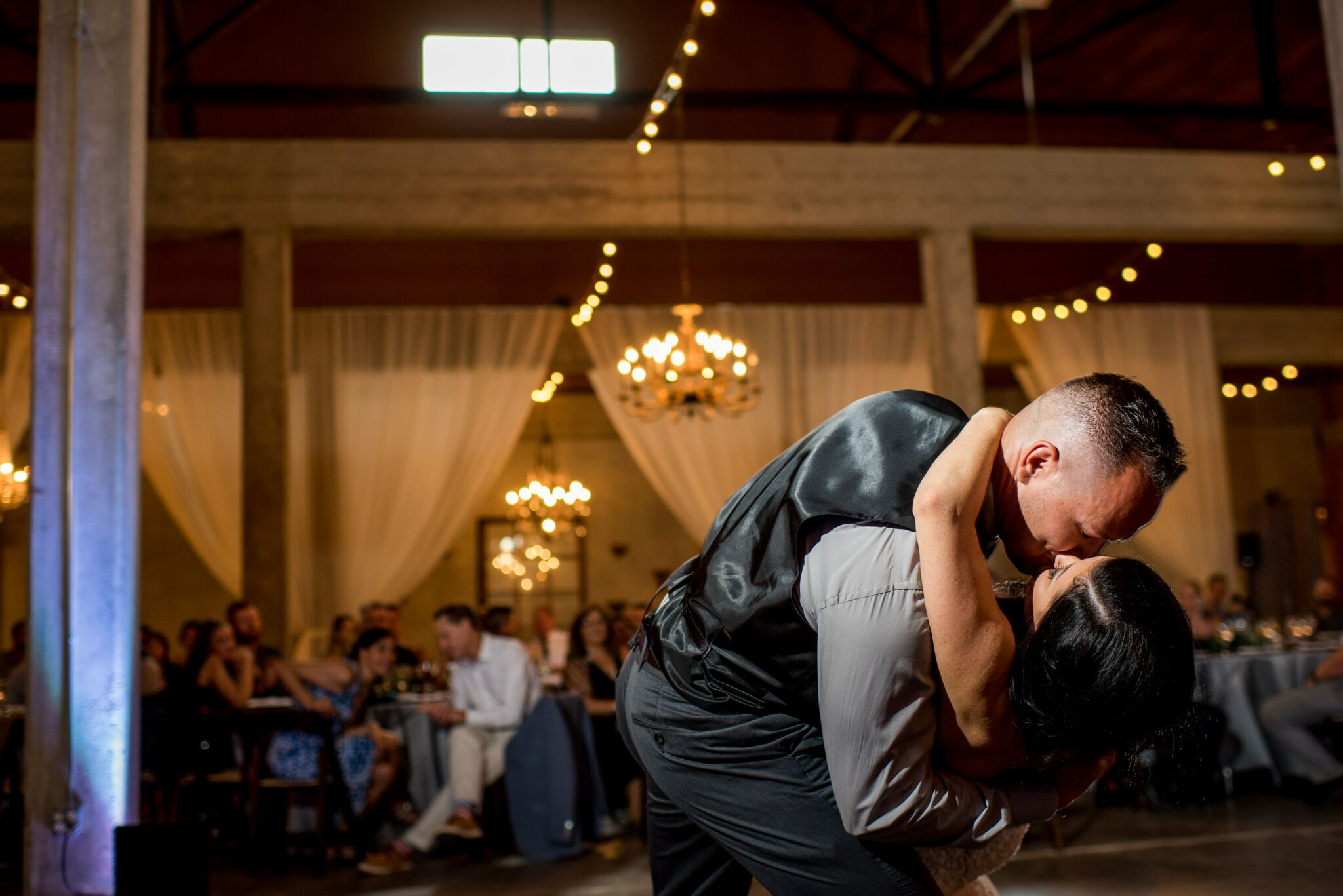 Lindsey and Sam Wedding 571_preview.jpg