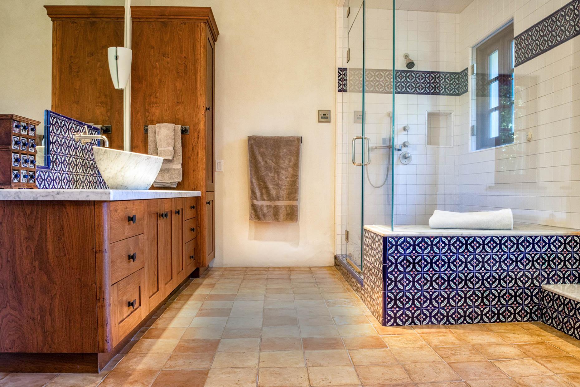 Bathroom (1 of 1).jpg