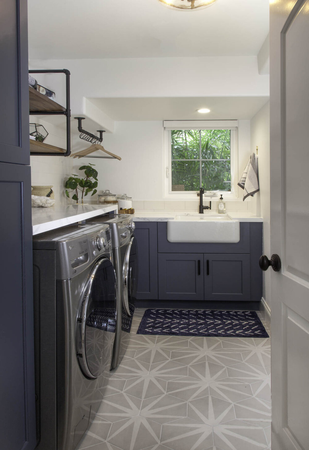 Encinitas Laundry Room
