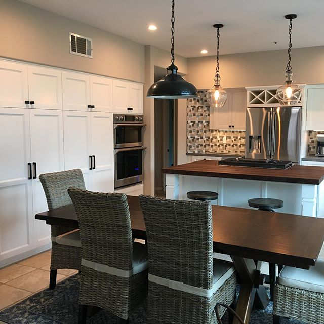Just completed this beautiful kitchen in Ventura! We love how the custom Walnut island turned out! Swipe for more! . . . . . #nativeoak #nativeoakcabinets #cabinetry #cabinets #kitchen #dreamkitchen #remodel #renovate #custombuilt #customkitchen #madeinventura #ventura #venturalocal #shoplocal #smallbusiness