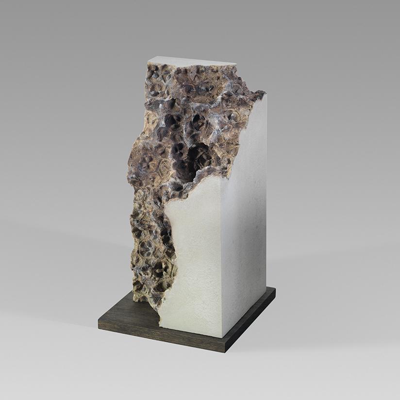 Traces v - 26cm x 13cm x 13cm - concrete