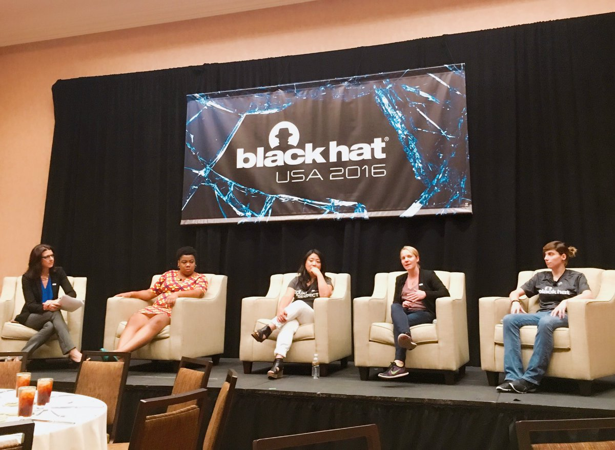 Removing Roadblocks to Diversity panel : Kelly Jackson Higgins, Executive Editor at DarkReading.com; Jamesha Fisher, Security Operations Engineer at GitHub; Chenxi Wang, CSO at Twistlock; Rebekah Brown, Threat Intelligence Lead at Rapid7; and Angie Leifson, SOC Analyst at Insight Enterprises