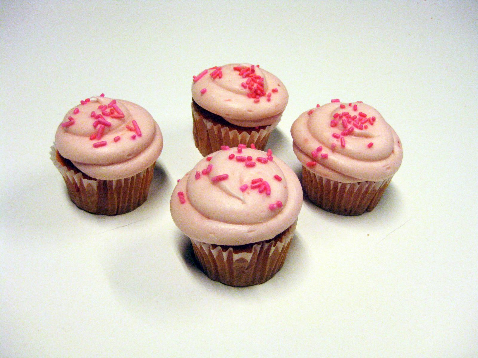 Strawberry Cupcakes.jpg