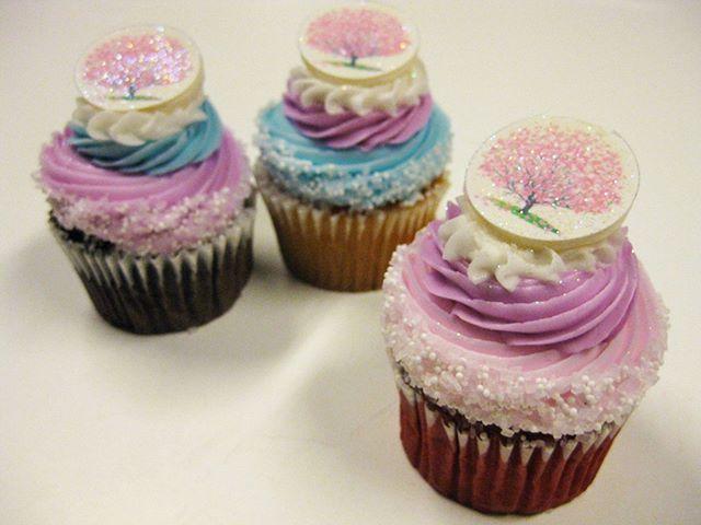 Cherry Blossom Tree Cupcake #cherryblossom #bakery #cupcakes