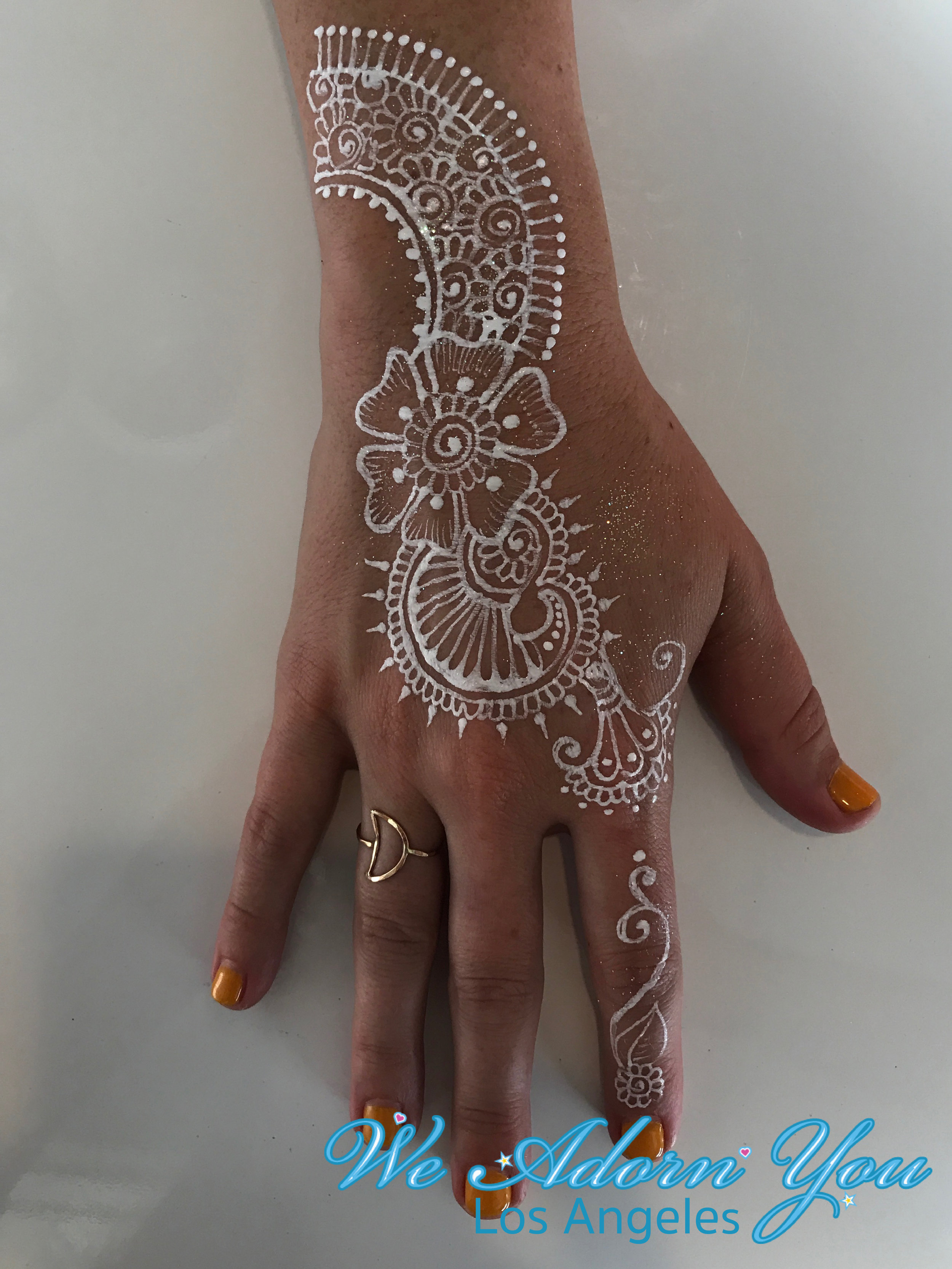 We Adorn You Los Angeles Color Henna White flower 3.jpg