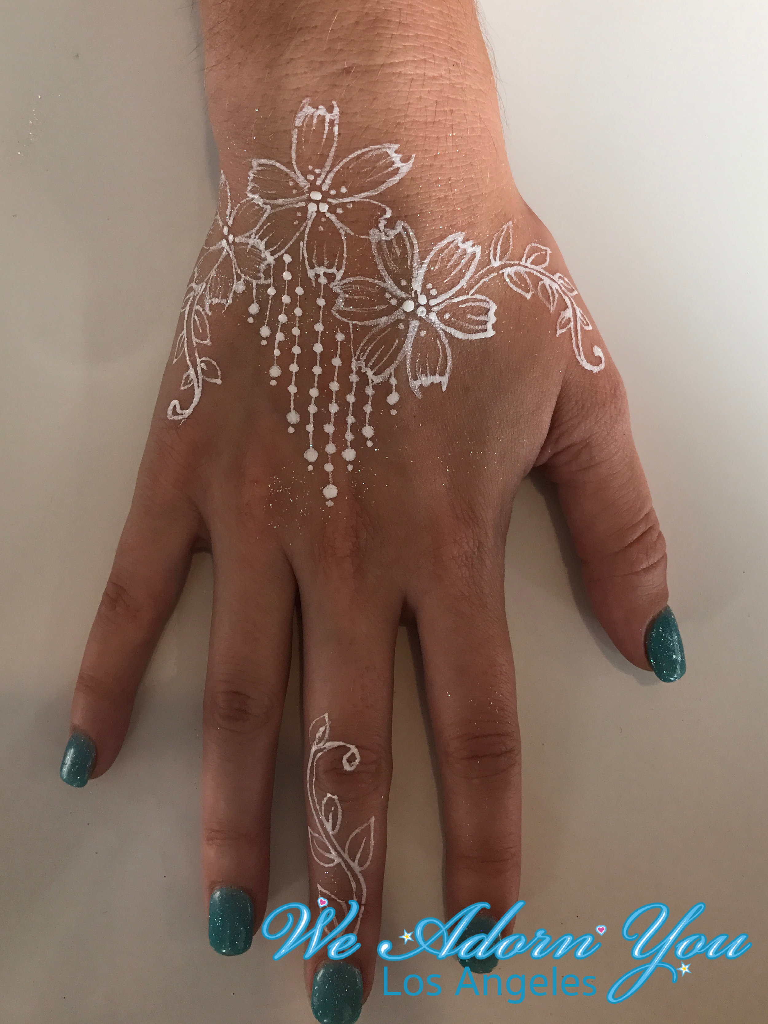 We Adorn You Los Angeles Color Henna White flower 4.jpg