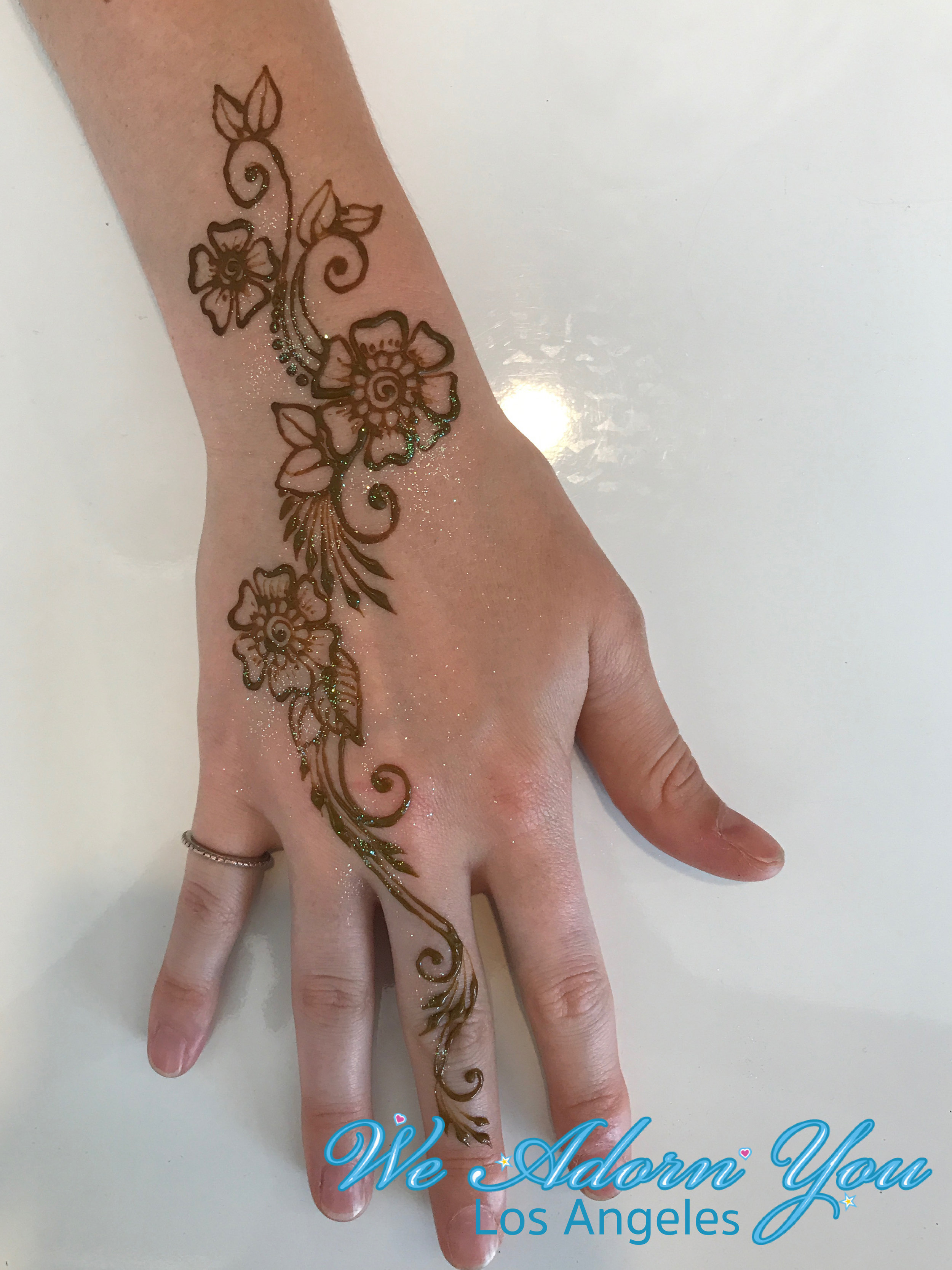 We Adorn You Los Angeles Henna .jpg