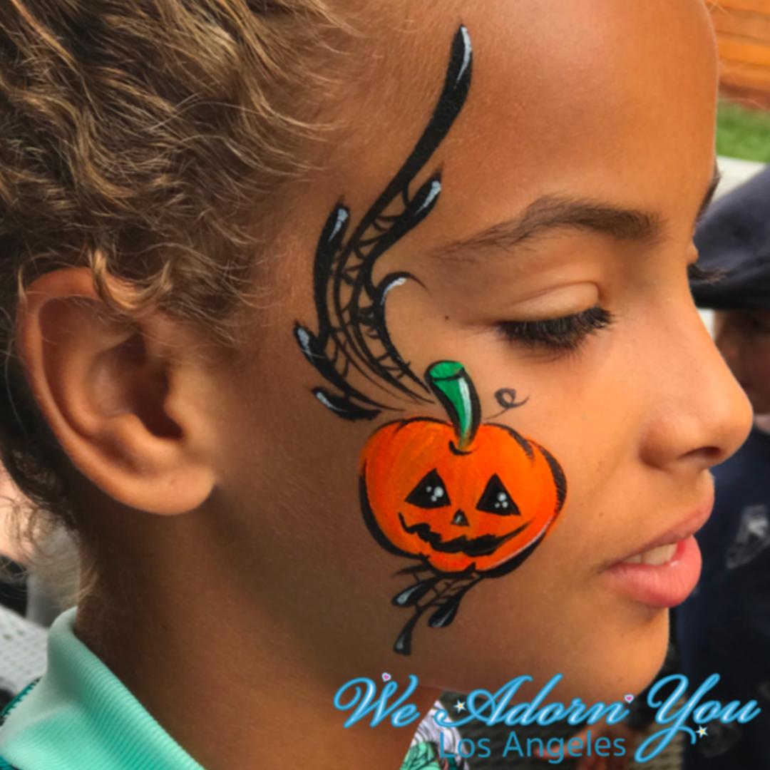 Pumpkin face painting halloween.png