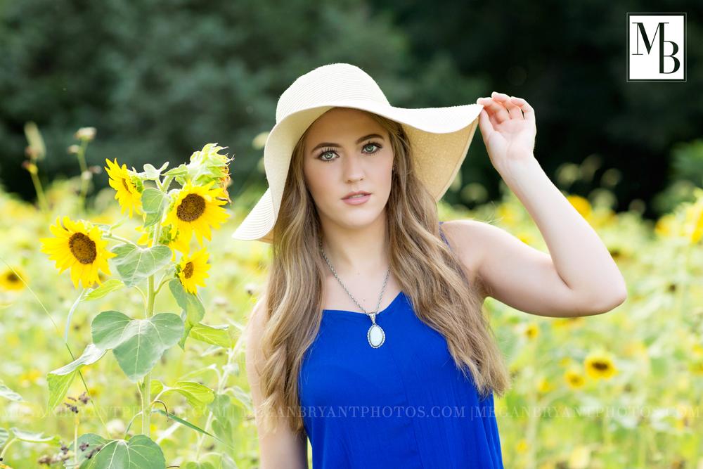 senior pics in sunflowers
