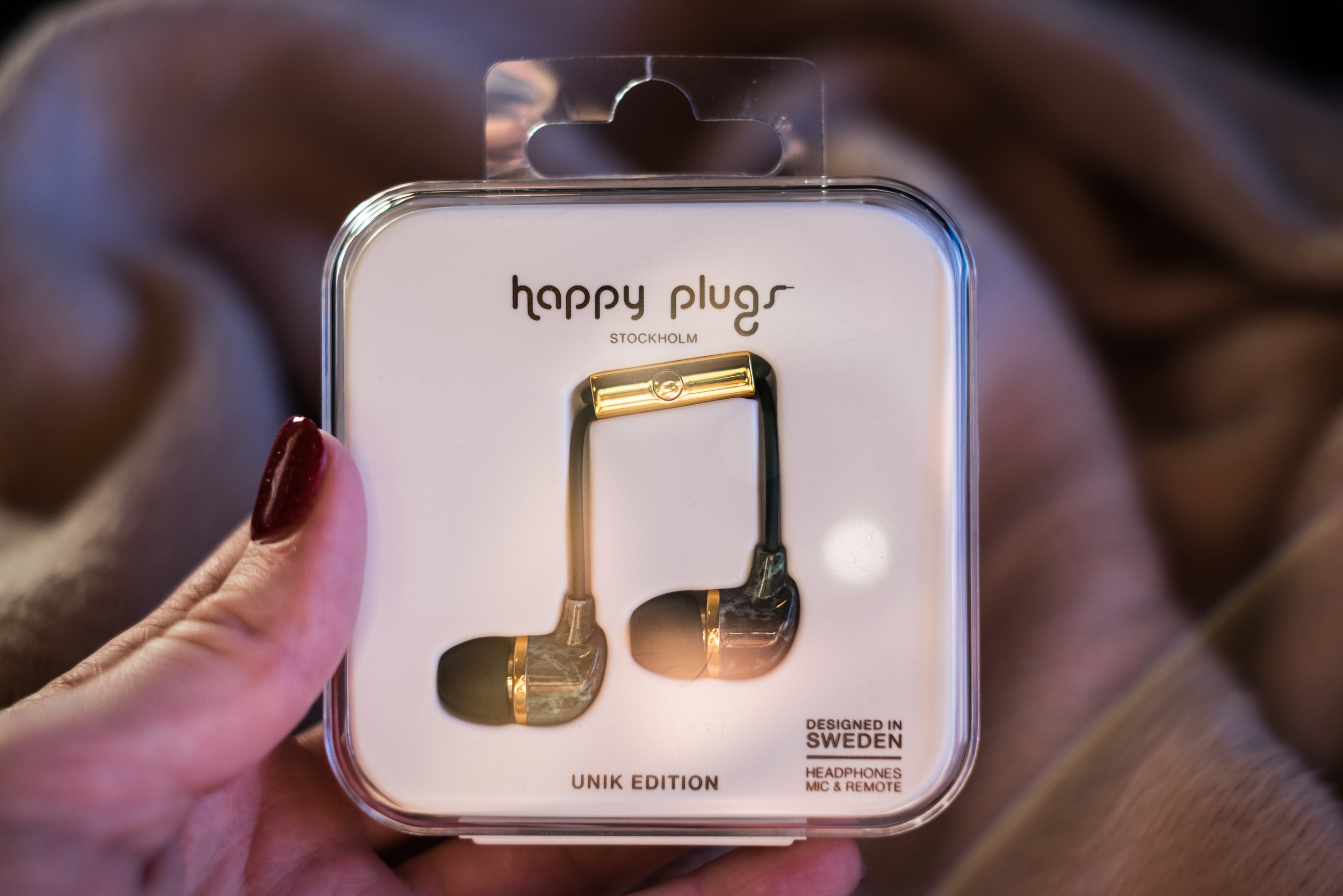 Happy Plugs Green Marble and Gold, Unik Edition.jpg