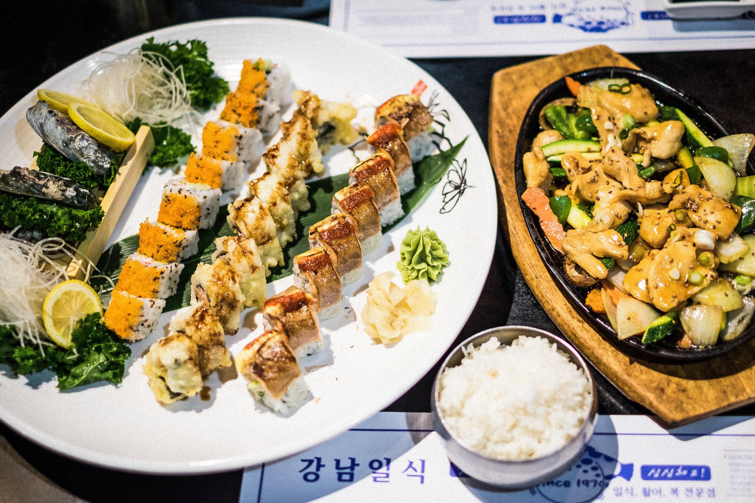 Sushi with mom-9.jpg