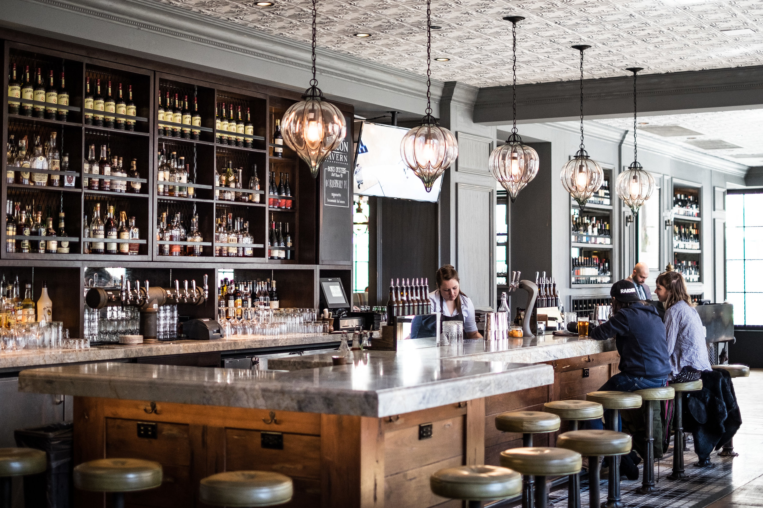 Beacon Tavern Chicago IL 2017 Olivia Vranjes-3.jpg