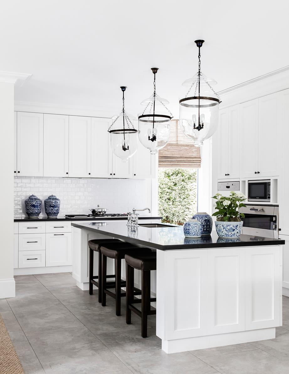 Refined-renovation-in-Double-Bay-by-Peter-Hurley-2.jpg