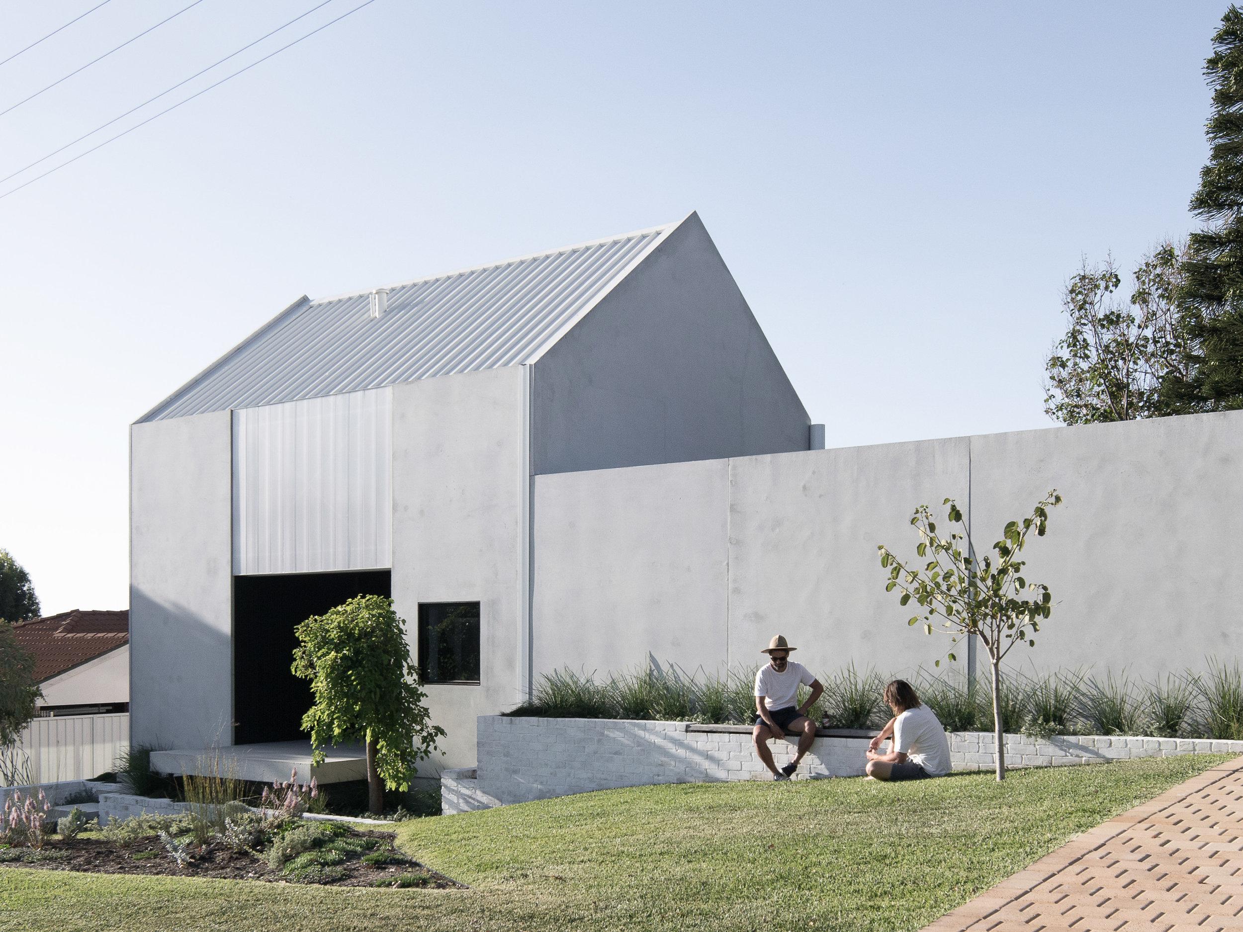 2304_House+A_Whispering+Smith_Ben+Hosking-0.jpg