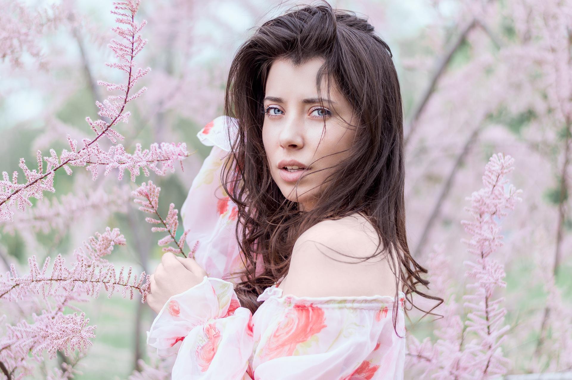 beautiful-1845100_1920.jpg