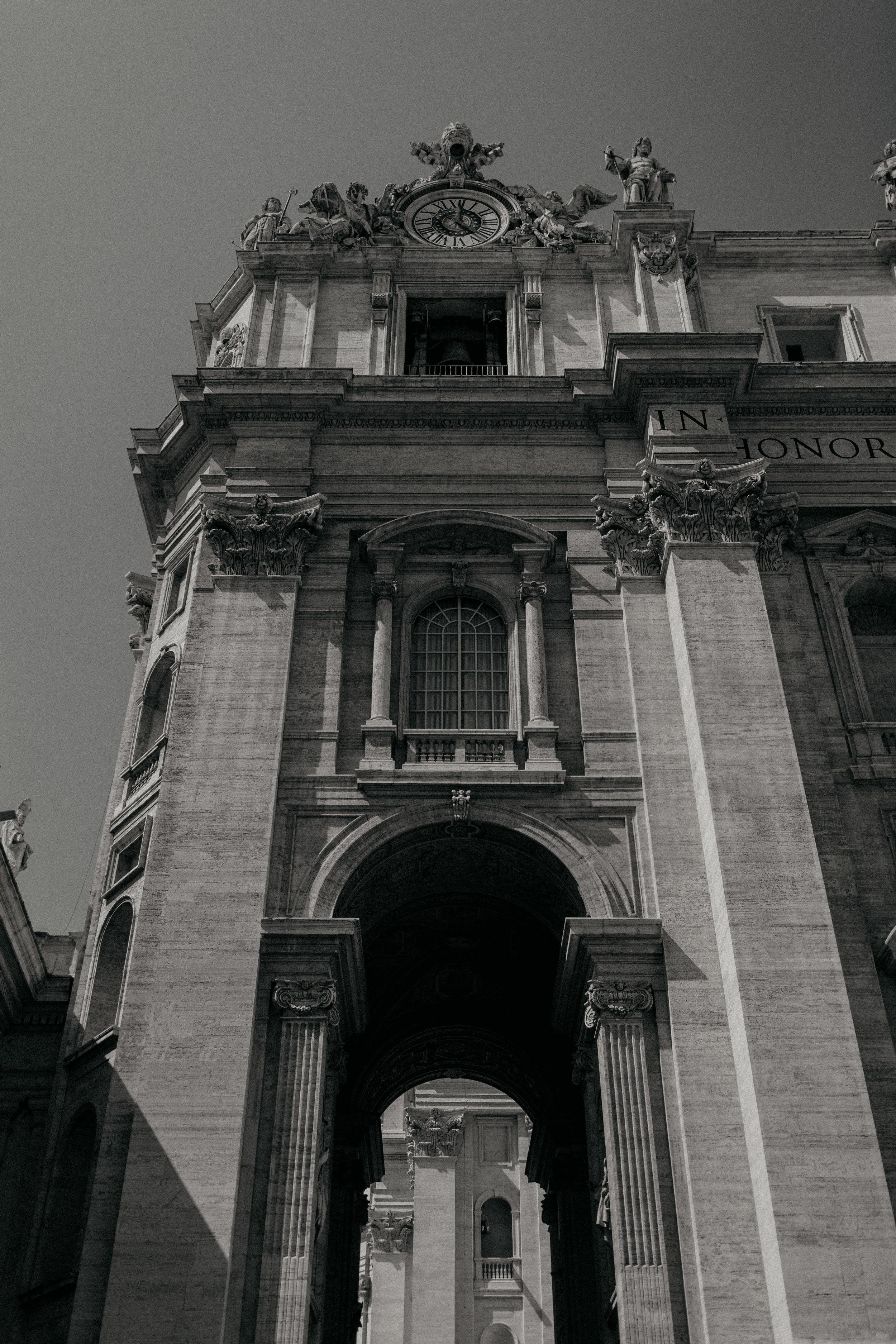 Rome-Italy-Travel-Elopement-Anna-Howard-0002.jpg