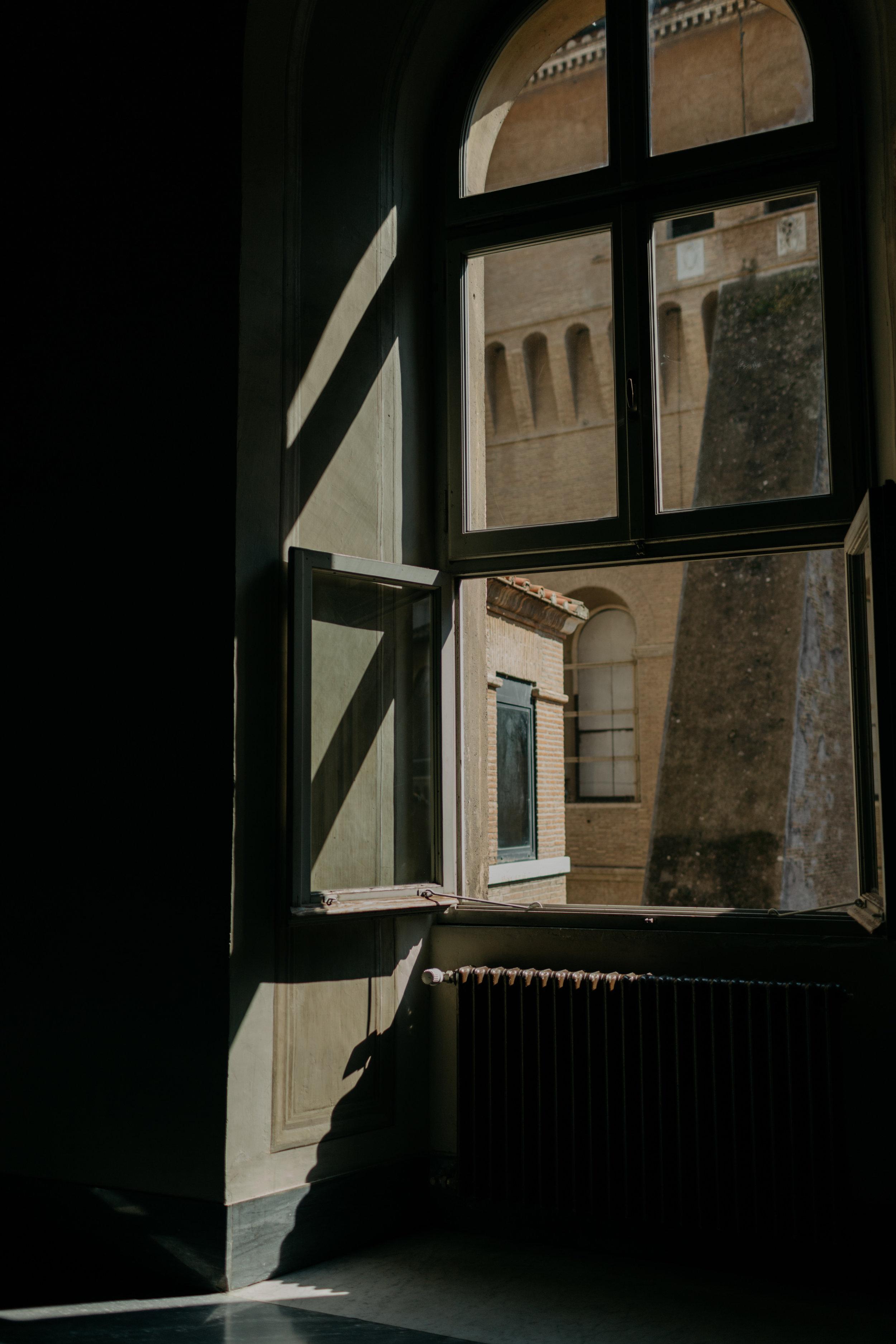 Rome-Italy-Travel-Elopement-Anna-Howard-0072.jpg