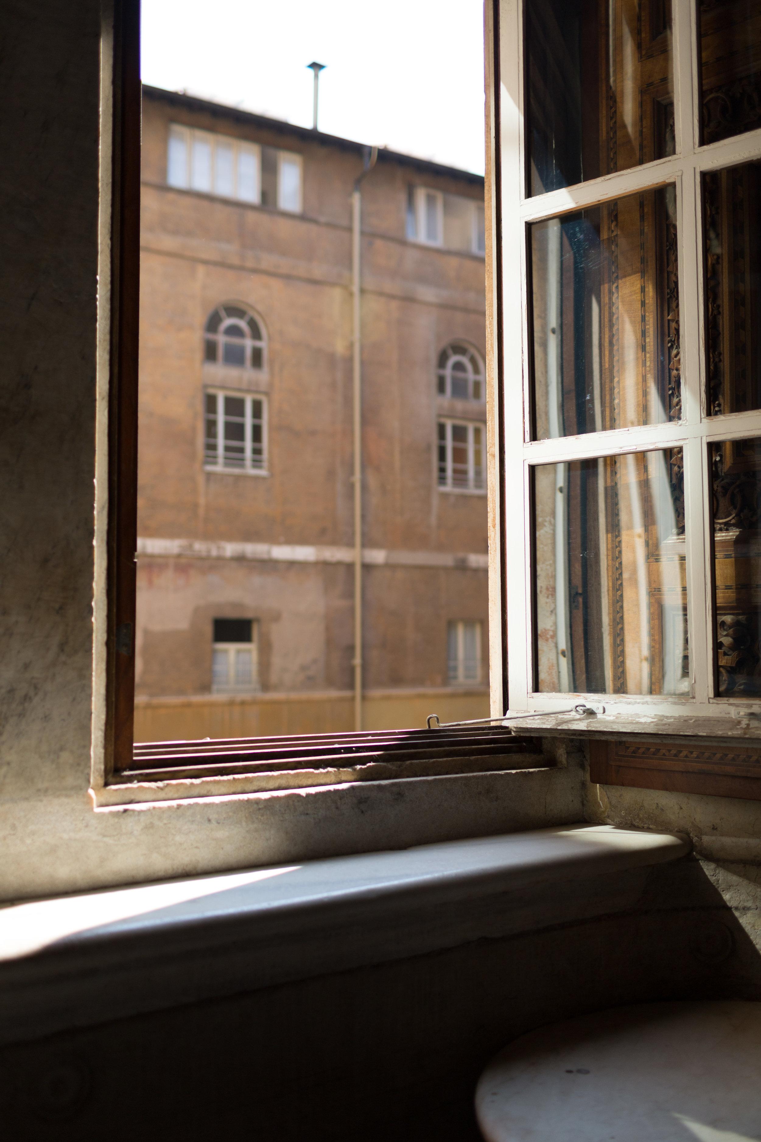 Rome-Italy-Travel-Elopement-Anna-Howard-0078.jpg