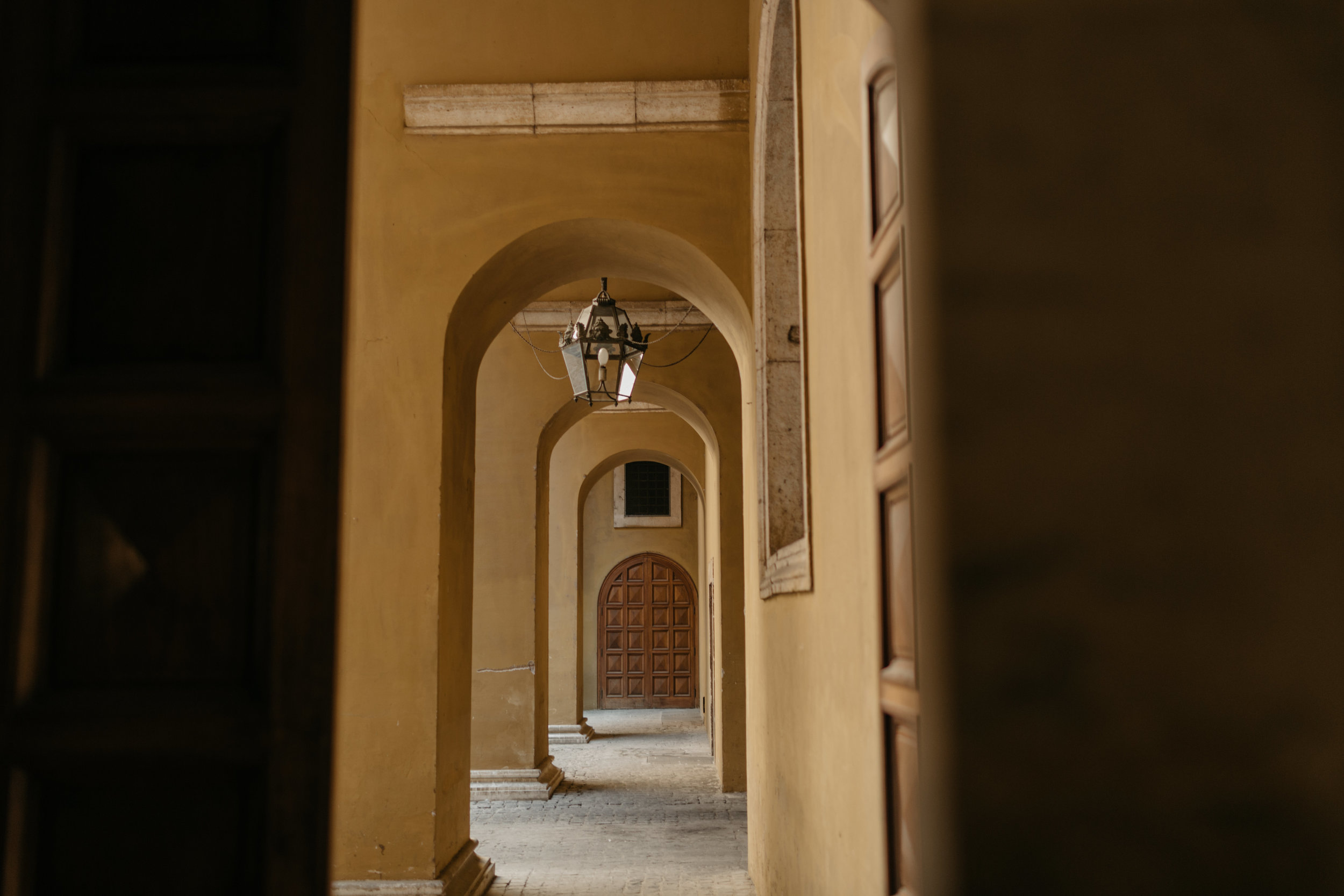 Rome-Italy-Travel-Elopement-Anna-Howard-0089.jpg