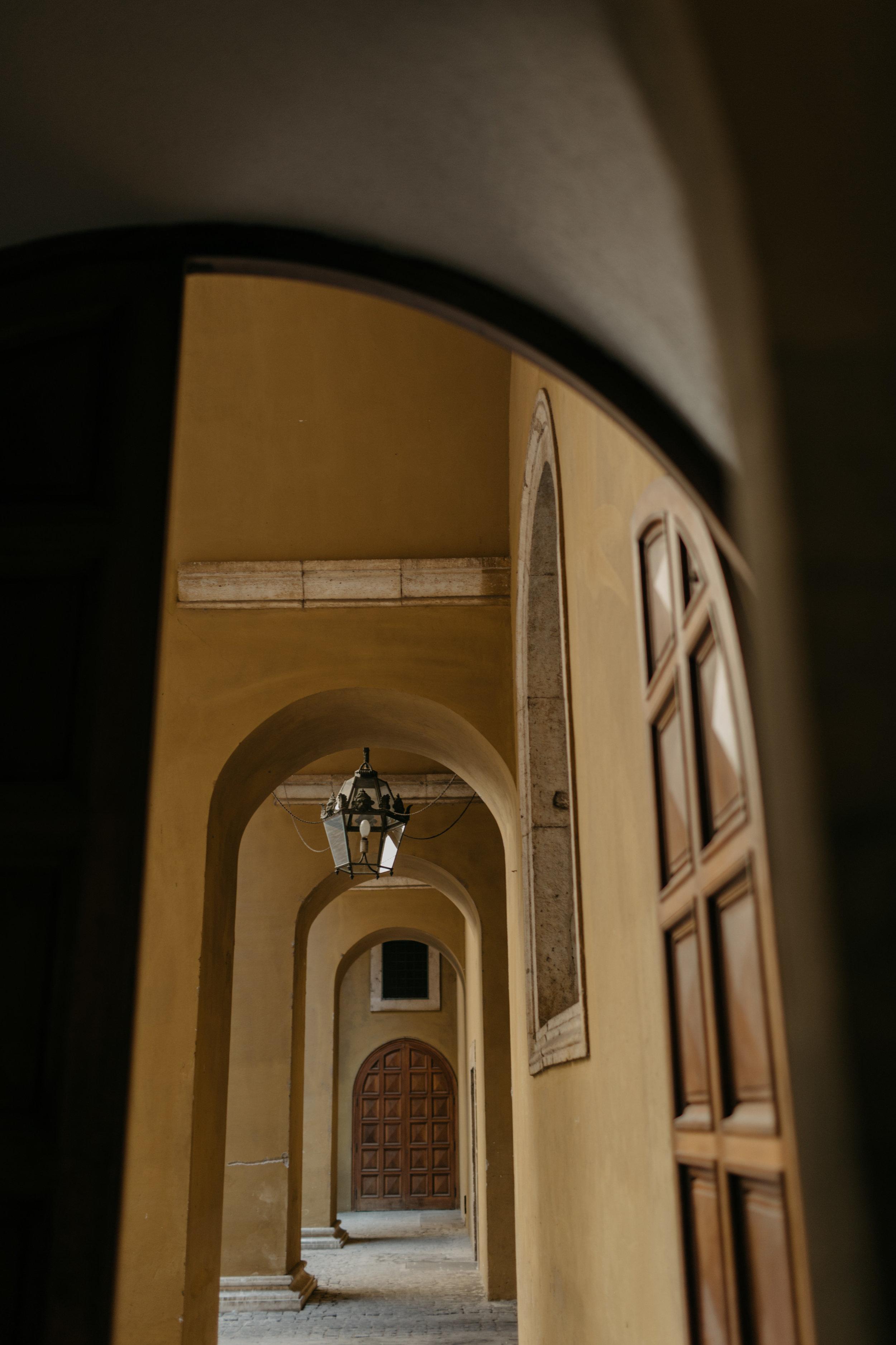 Rome-Italy-Travel-Elopement-Anna-Howard-0088.jpg