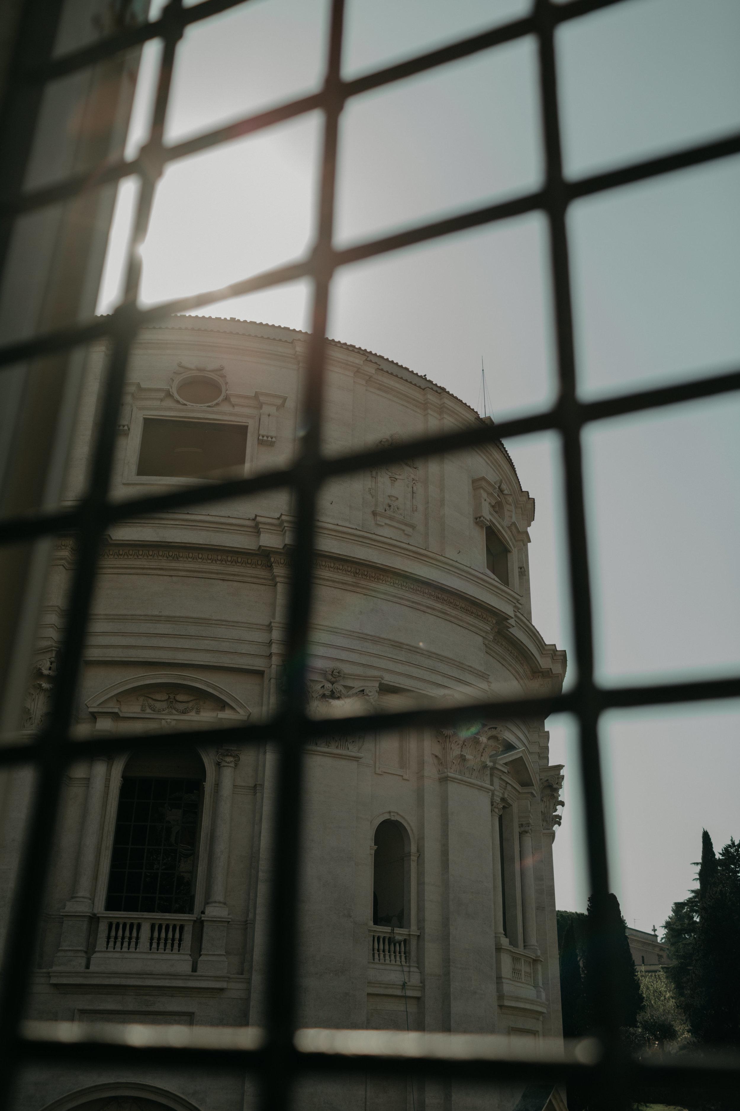 Rome-Italy-Travel-Elopement-Anna-Howard-0096.jpg