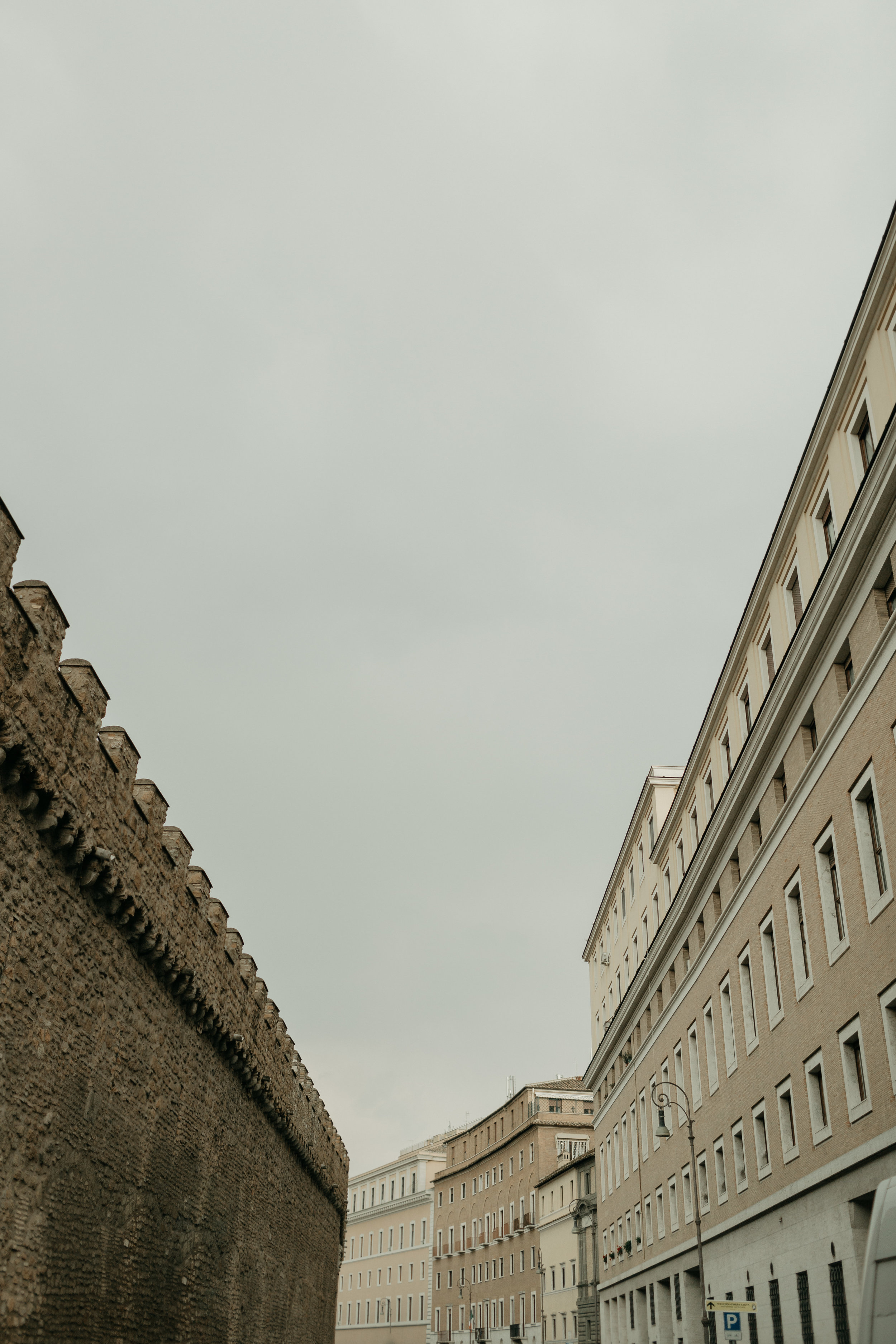 Rome-Italy-Travel-Elopement-Anna-Howard-0105.jpg