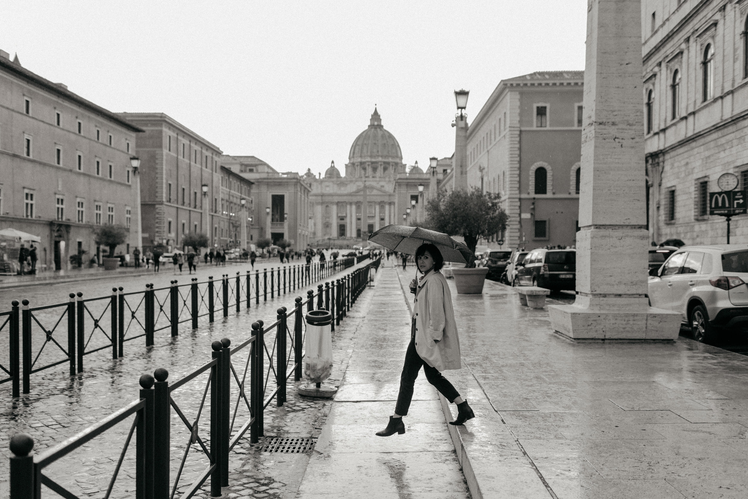 Rome-Italy-Travel-Elopement-Anna-Howard-0128.jpg