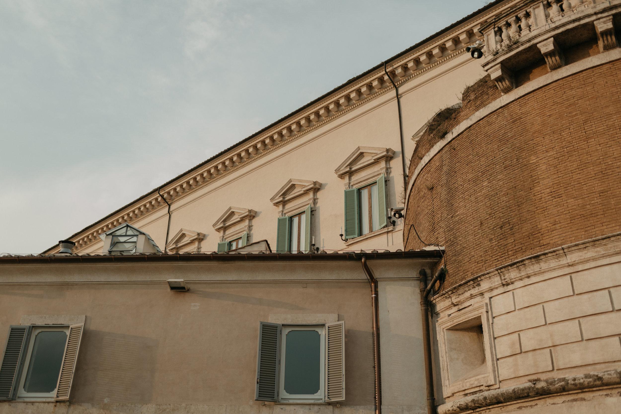 Rome-Italy-Travel-Elopement-Anna-Howard-2-0031.jpg