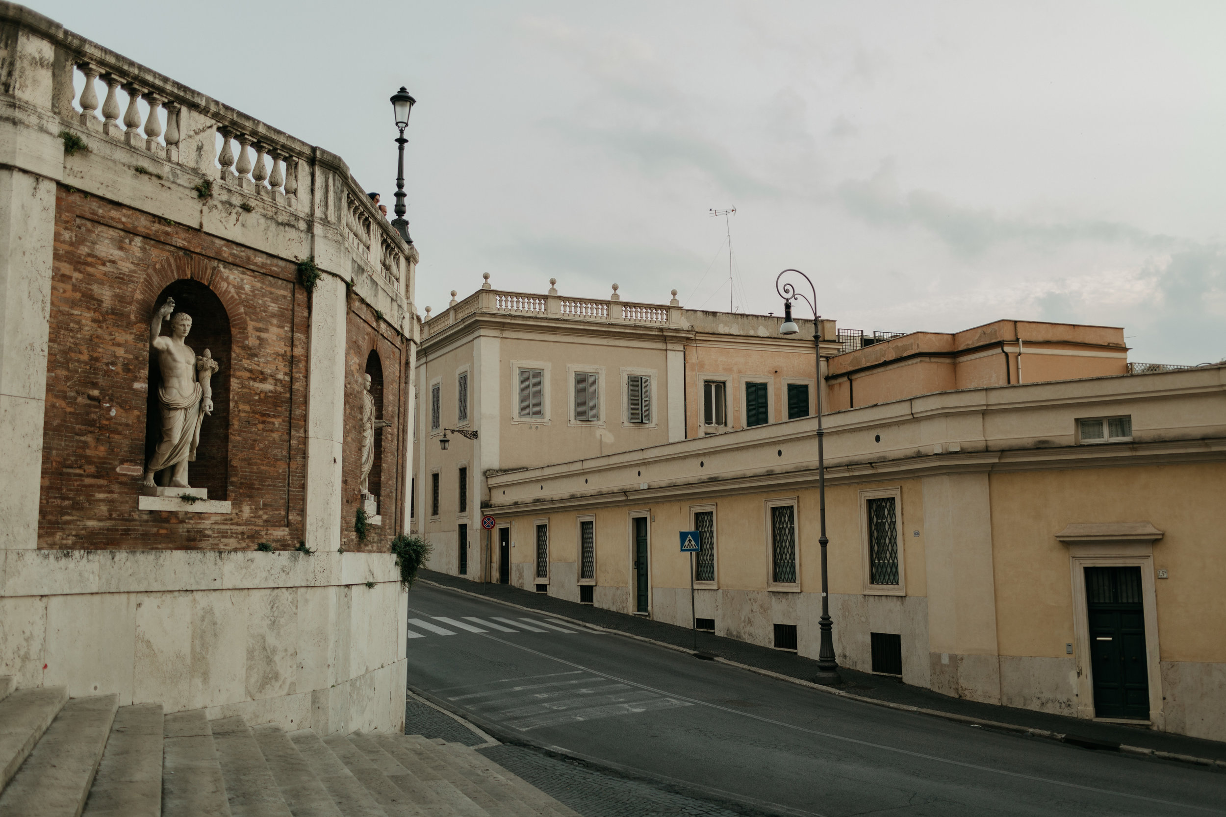 Rome-Italy-Travel-Elopement-Anna-Howard-2-0035.jpg